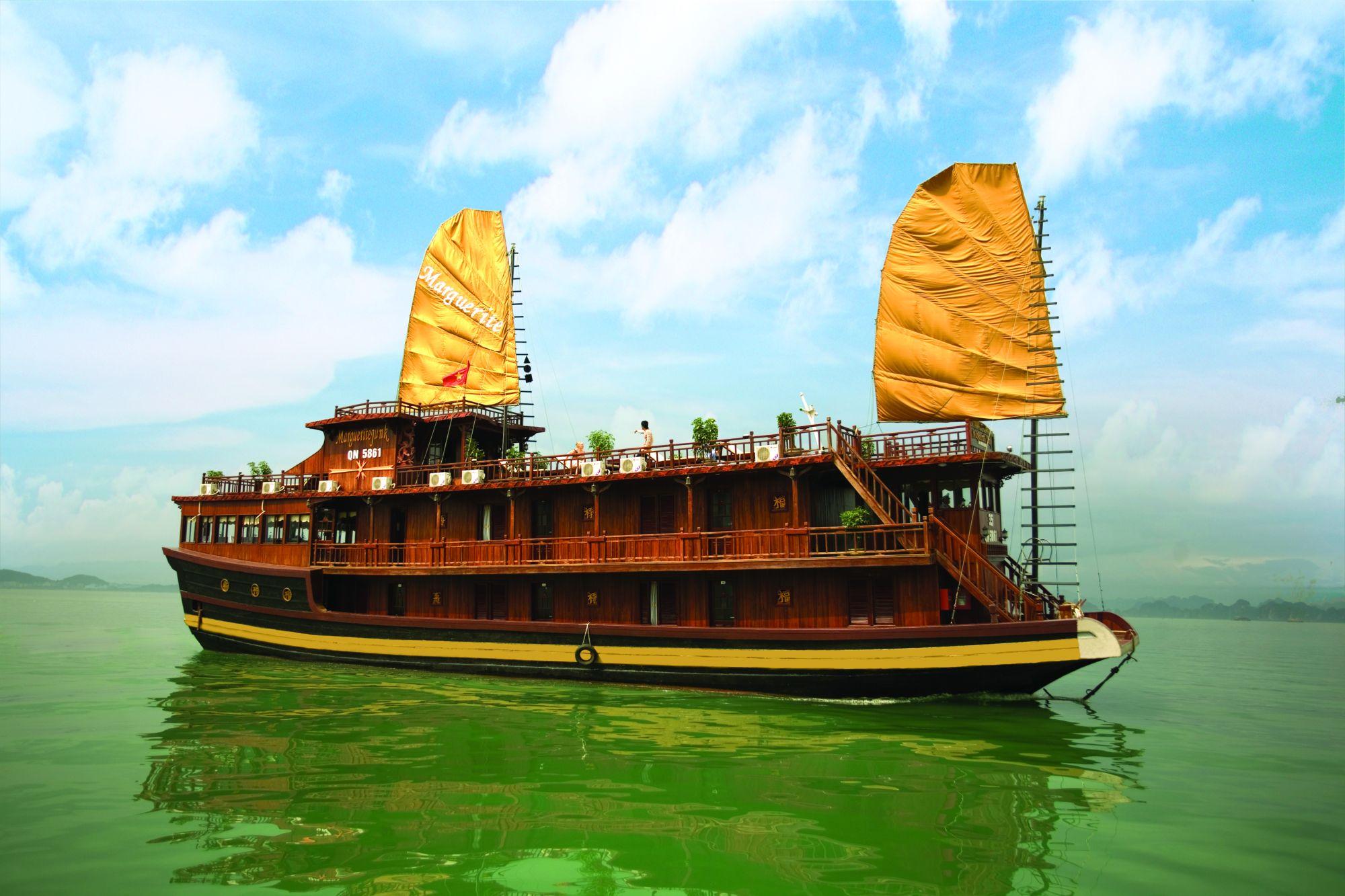 Du thuyền Marguerite Hạ Long 3 ngày 2 đêm