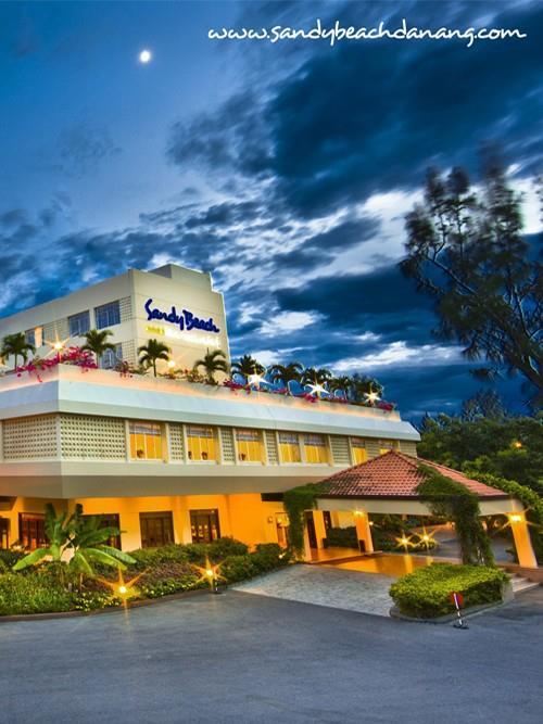 Khách sạn Sandy Beach Resort Đà Nẵng