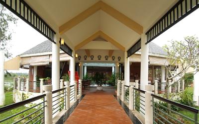 Khách sạn Abalone Huế